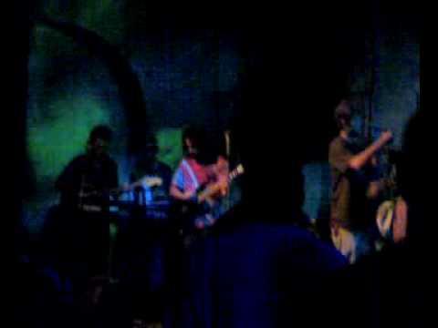 Banda Alma Rasta - Utterance Black Uruhu