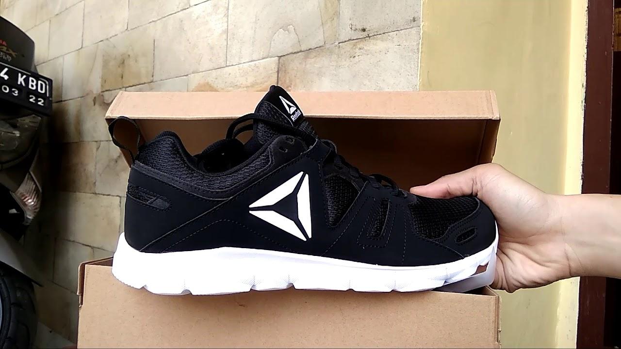 Unboxing   REEBOK Running shoes DASHHEX TR 2.0 - YouTube 773bb576f