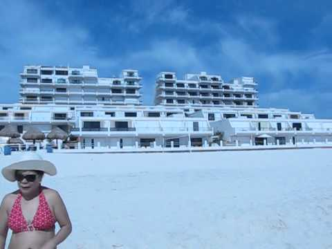 Walk on cancun beach at villas marlin youtube for Villas marlin cancun