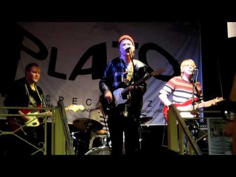 Satellite Stories - 'Helsinki Art Scene'  (Live at Plato, Groningen, January 11th 2013) HQ