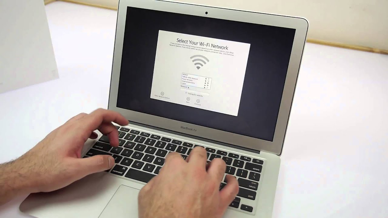 Macbook Air 2014 13 Inch Unboxing and Hands On - YouTube