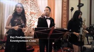Video Crowd Entertainment - Kesempurnaan Cinta (cover) download MP3, 3GP, MP4, WEBM, AVI, FLV Desember 2017