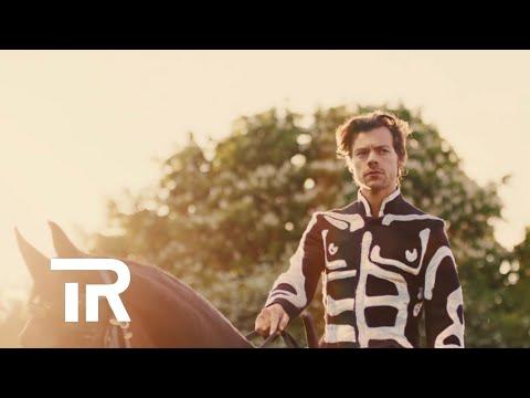 Clean Bandit   Symphony feat  Zara- Larsson Lyric