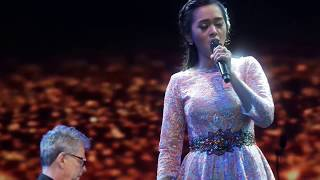 Download Putri Ayu Feat. David Foster - Time To Say Goodbye (2017) Mp3
