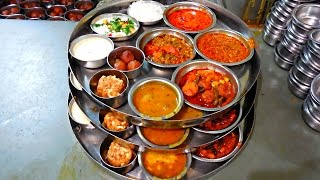 Fast Food & Gujarati Thali | At Morbi Gujarat | By Street Food & Travel TV India