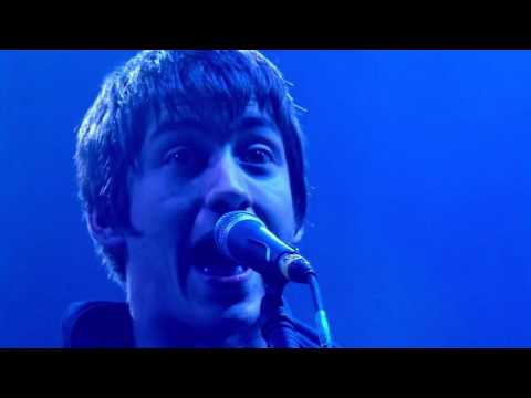 Arctic Monkeys - Brianstorm @ Glastonbury 2007 - HD 1080p