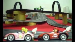 Carrera Digital 143 - Set MarioKart Wii plus Bonus tracks