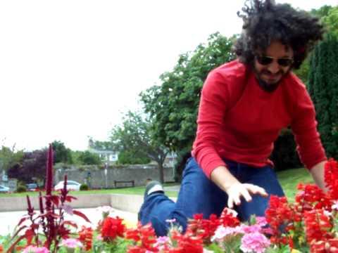 RCL 2009 - Video touristicomique - 11 Laly - Fleur aux mille vertus