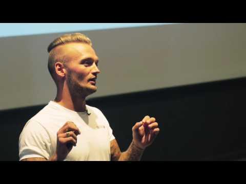 Foredrag - Fra Kokain Til Kærlighed - video 1/3