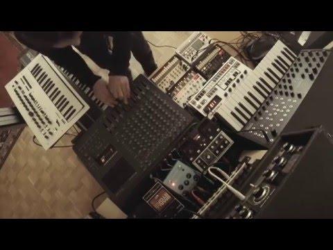 live dark dub techno session #5 (Minilogue, Juno 106, Volcas, MS20 Mini, Space Echo)