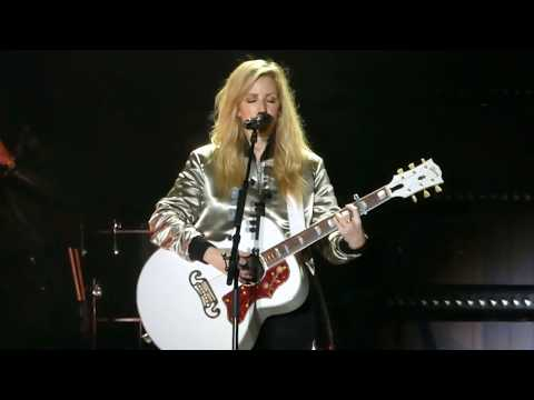 Ellie Goulding - Live@Full Concert 2017-music festival Granatos live
