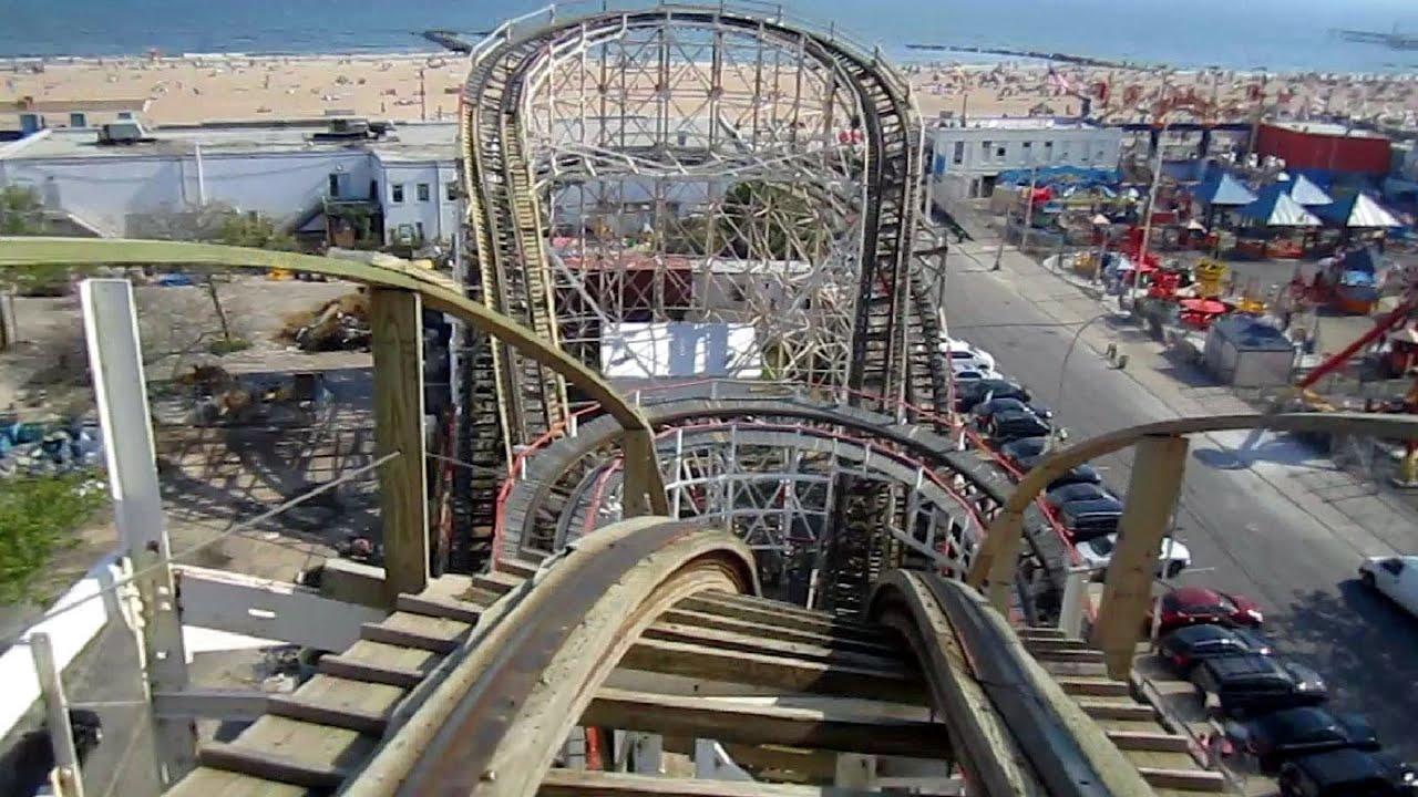 Cyclone Front Seat On Ride Hd Pov Luna Park Coney Island Youtube