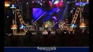 PETERPAN DI DAGO PLASA BANDUNG ( LIVE ) - MEMBEBANIKU
