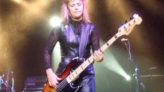 Glycerine Queen / BASS SOLO