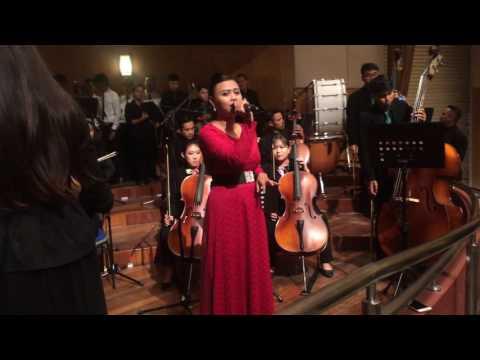 Sinaran (Dato' Sheila Majid) rehearsal Unimas Convocation (Orchestra Version)