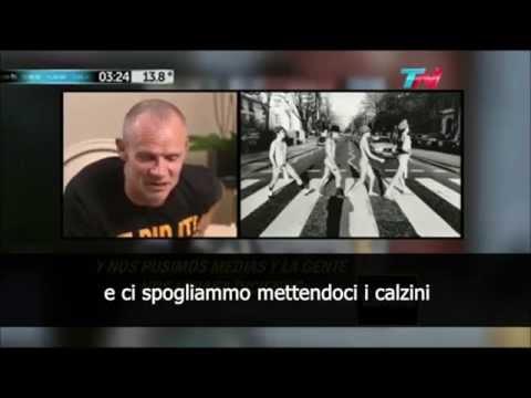 Flea e Anthony Kiedis parlano della copertina dell'EP Abbey Road