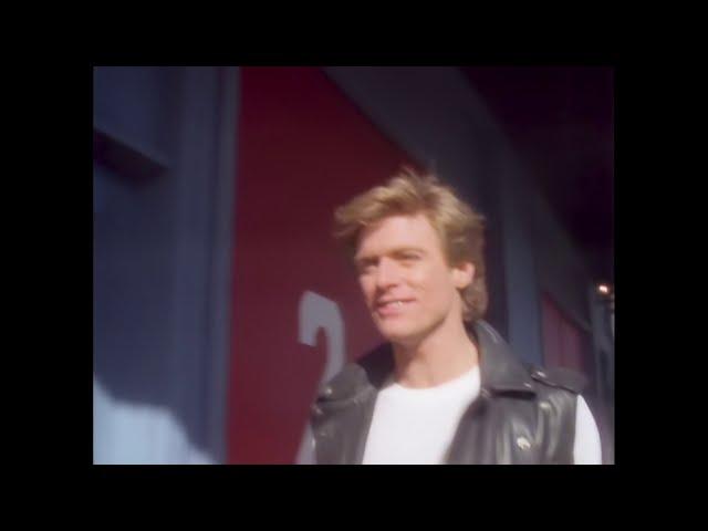 Bryan Adams - Summer Of '69 (Official Music Video)