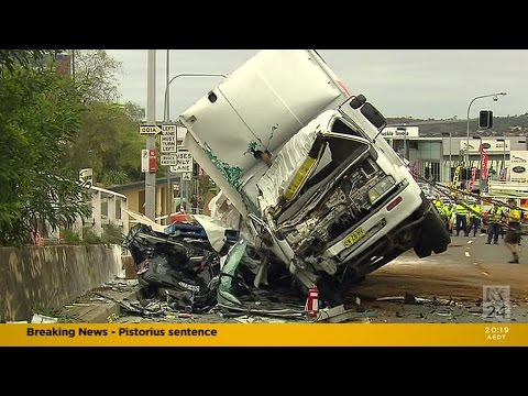 Dee Why Truck Rollover 2
