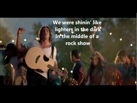 Jake Owen- Barefoot Blue Jean Night -Lyrics