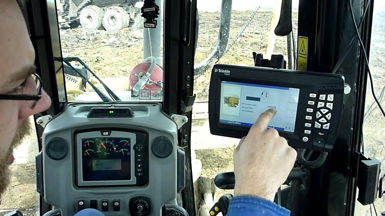 Trimble GCS900 3D GPS System in a Caterpillar D6N