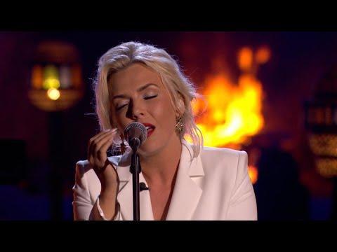 Silvy betovert iedereen met 'Hopelessly Devoted To You' | Liefde Voor Muziek