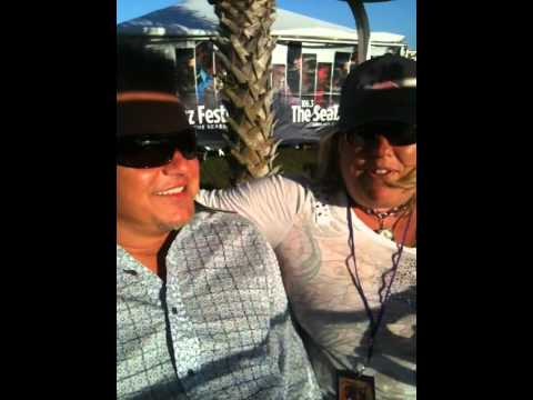 Sandy Shore interviews Euge Groove at Seabreeze Jazz Festival 2011.MOV