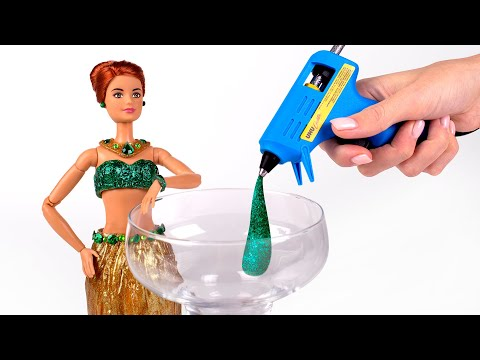 Hot Glue Into A Barbie Dress! Awesome DIY 👗👑