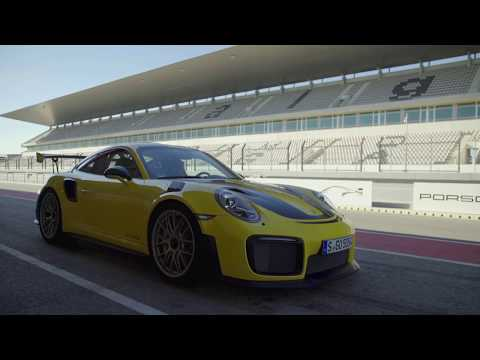 Driving the Porsche GT2 RS with Walter Rohrl