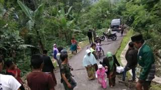 Subhanallah.. Dahsyatnya Longsor Pramen Di Kabupaten Banjarnegara