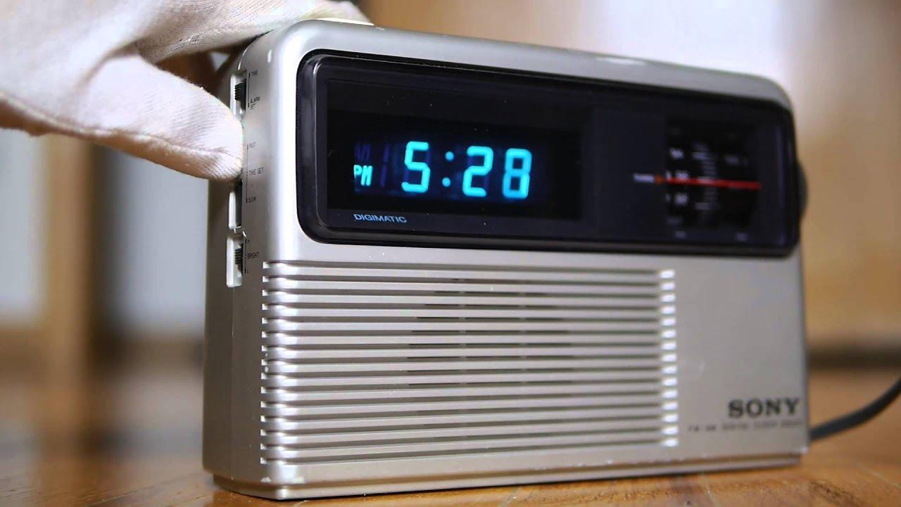 sony icf c805w dream machine vintage alarm clock radio doovi. Black Bedroom Furniture Sets. Home Design Ideas