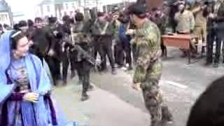 Чечня Танцует правая рука Рамзана Кадырова ПАТРИОТ.mp4