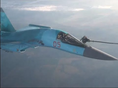 Russian Airforce Aerial Refuelling - Amazing Footage