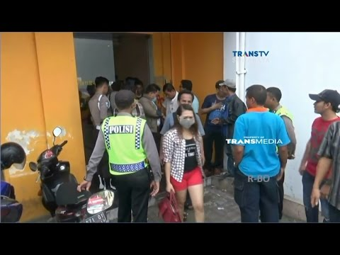 Polisi Bubarkan Paksa Aktivitas di Tempat Karaoke