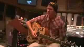 tom delonge breaks his guitar