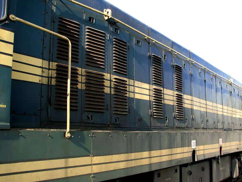 General Motors Emd G16 Diesel Locomotive P1 661032 Youtube