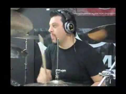 Sam Aliano in store soundcheck Video by Allans Music Video.flv