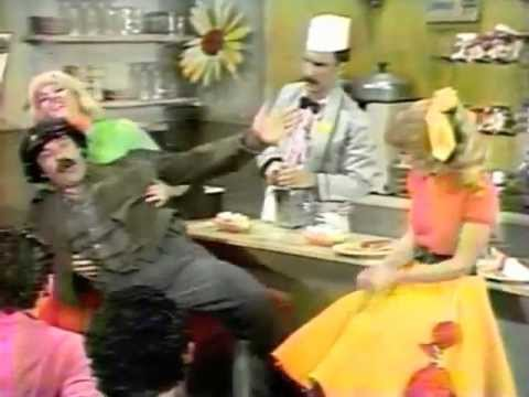 Avery Schreiber and Sha Na Na - Mechanical Man (1978)