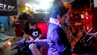 "Cover by Benaquito Band ""When i see ur smile"""