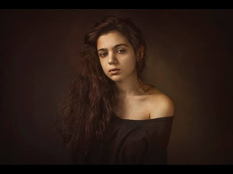 Pictoric Retouching - Photoshop Tutorial