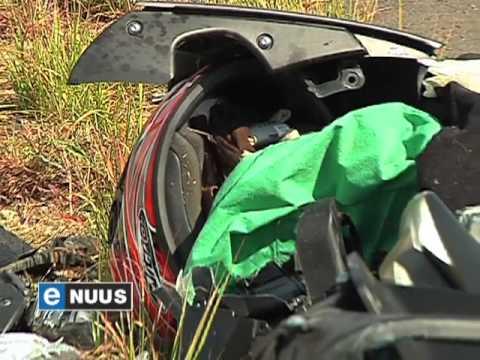 Jaagduiwel in ongeluk toe hy van gereg probeer wegjaag / Speedster in accident while fleeing the law
