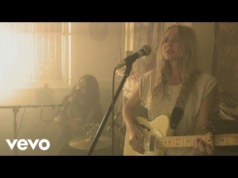 Lissie - When I'm Alone (Live)