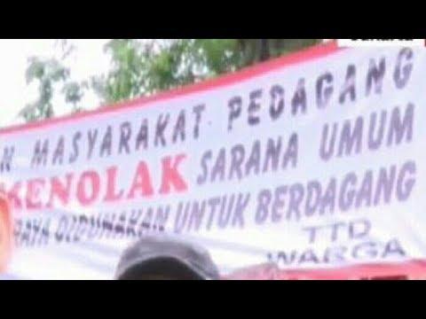 """Anies makin pus1ng, warga Tanah Abang tolak jalanan dipakai PKL. """"Kami juga orang kecil"""" kata mereka"""
