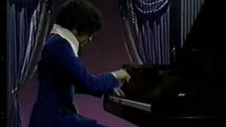 Joseph Villa Plays Liszt Hungarian Rhapsody no. 9 Pester Karneval Part 1/2