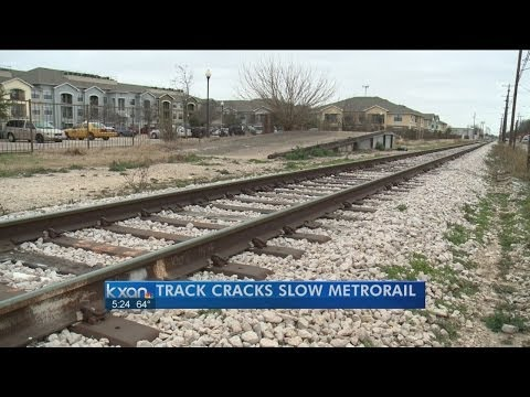 Rail delays blamed on crack caused by extreme temps
