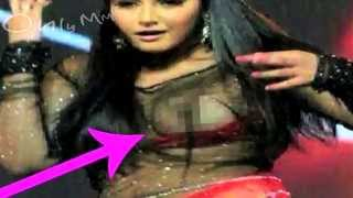 Ragini Dwivedi Wardrobe Malfunction Pictures Leaked – Only MMS