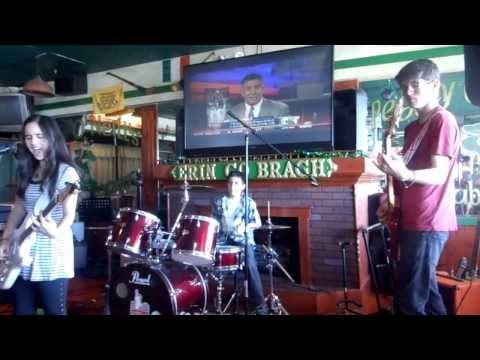 Perfect Fifth Performing at Peggy O'Neil Irish Pub