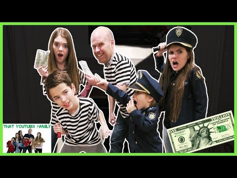 COPS AND ROBBERS At Night! / That YouTub3 Family thumbnail