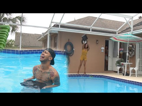 Thumbnail: ANGRY GIRLFRIEND THROWS PS4 IN THE POOL!!! PRANK GONE WRONG!!
