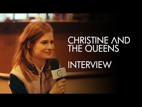 Christine and the Queens : interview par les fans