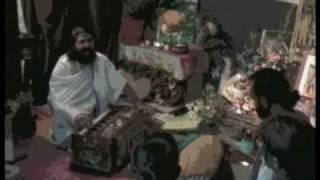 Indian Guru Visits Glastonbury